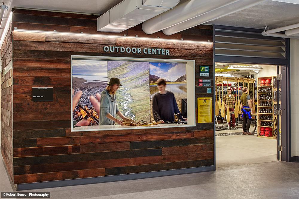 outdoor-center