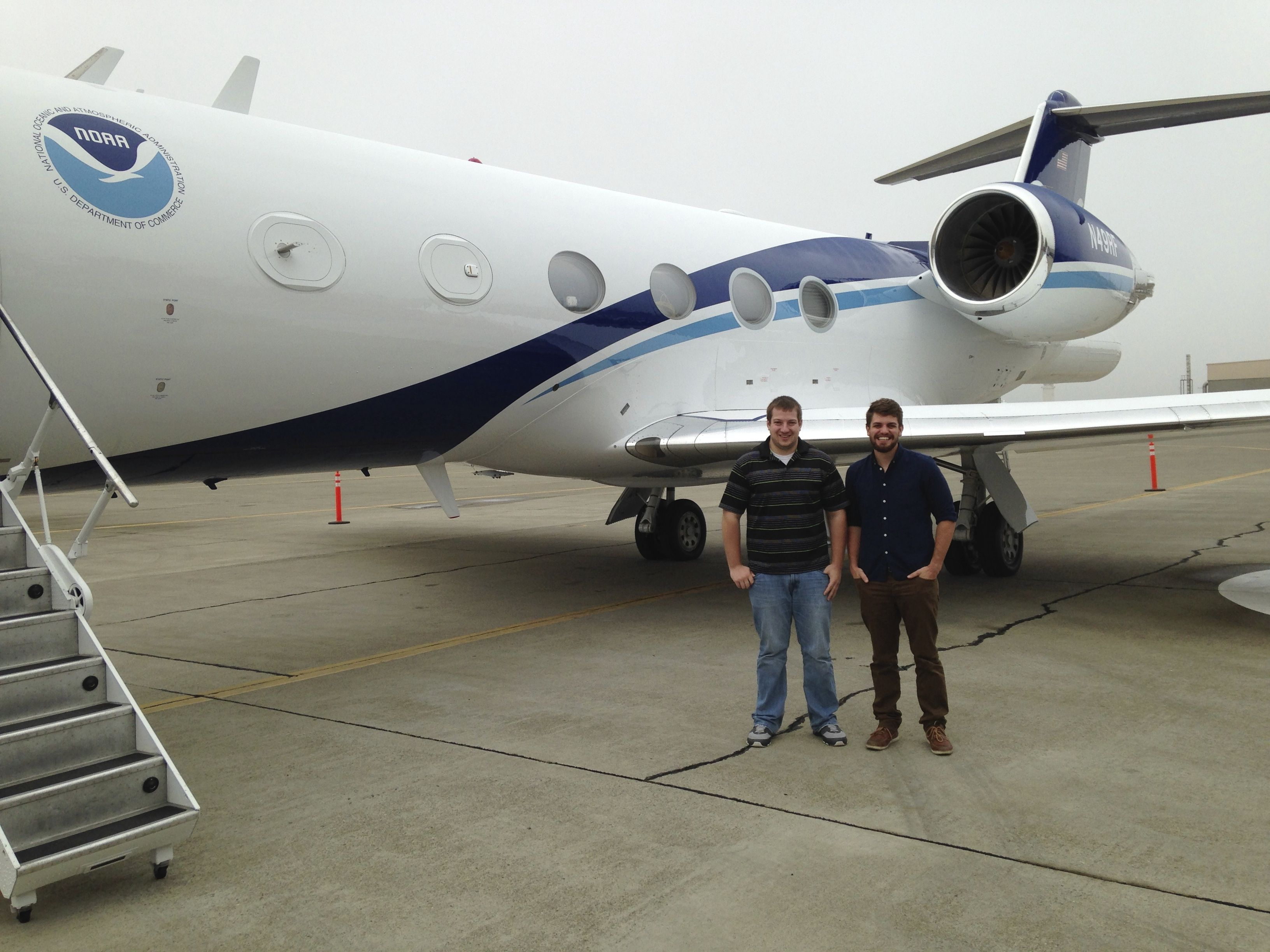 Plymouth State Meteorology students utilize NOAA aircraft to study atmospheric rivers.