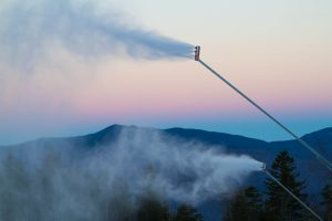Snowmaking, Loon Mountain Ressort (courtesy of Loon Mountain Resort)